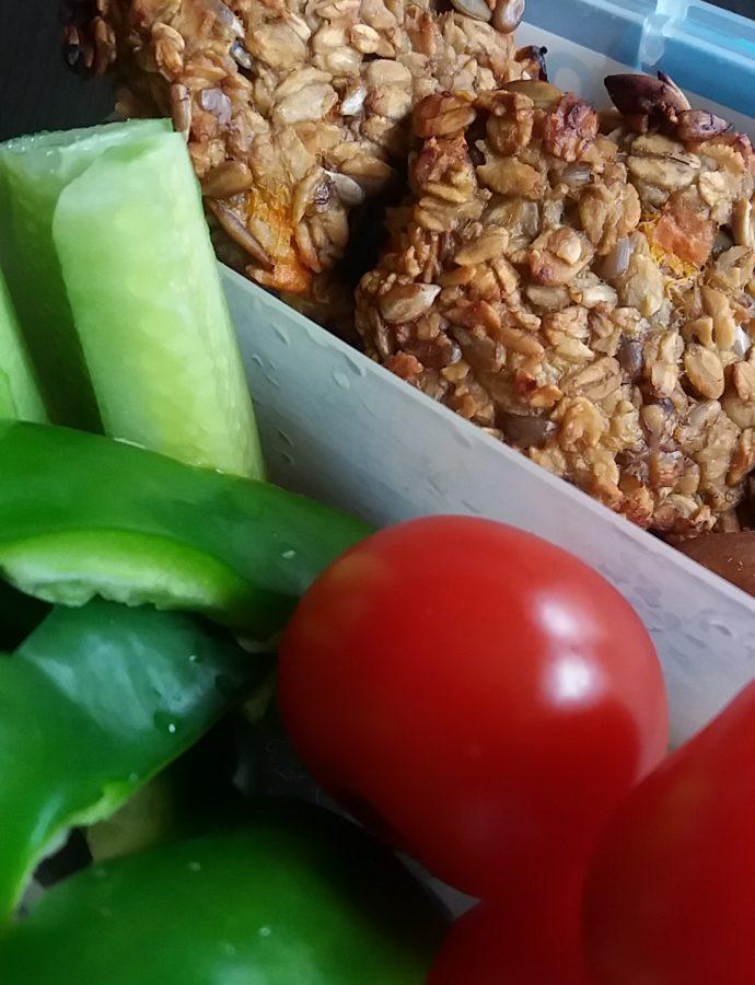 Owsiane ciasteczka z dodatkami…idealne do śniadaniówki