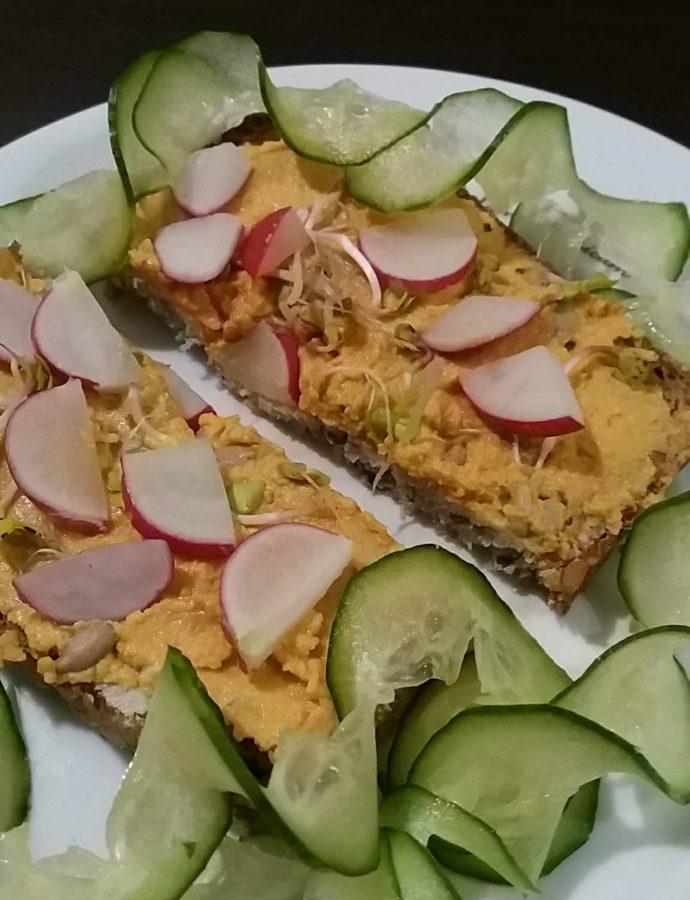 Pasta słonecznikowa z marchewką- smaczny sposób na zwiększenie ilości warzyw w diecie